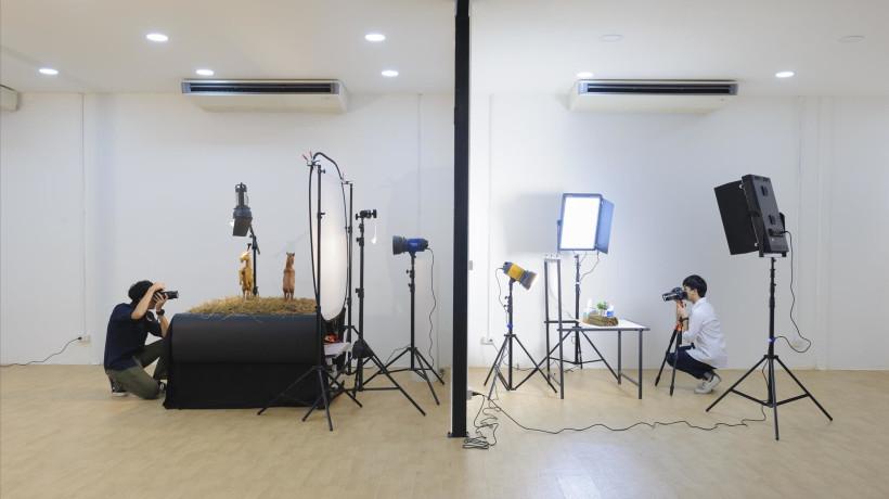 Studio 2 ไฟต่อเนื่อง