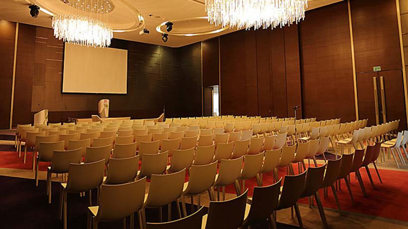 Crystal ballroom 2
