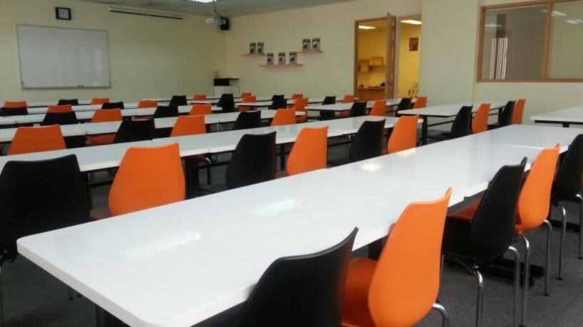 Wilai Room ( Weekdays Mon-Fri )