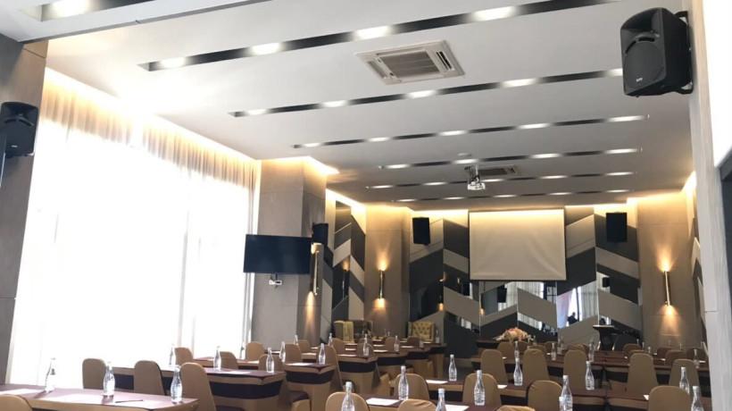 Asawa Ballroom