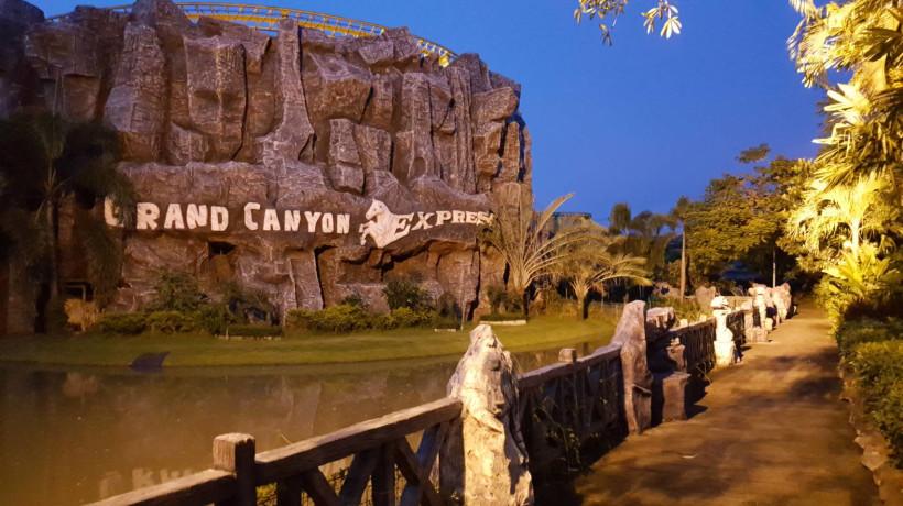 Grand Canyon Express at Siam Park City (สวนสยาม)