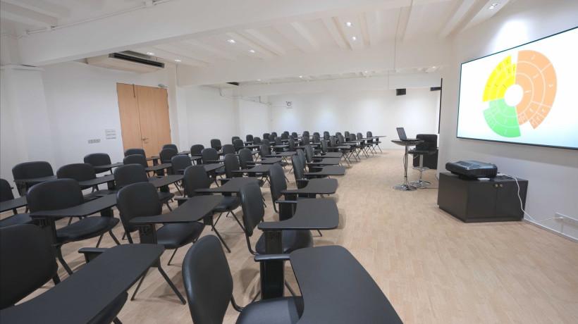 ห้องสัมมนาขนาด 50-60 คน Conference Rooms for 50-60 Participants
