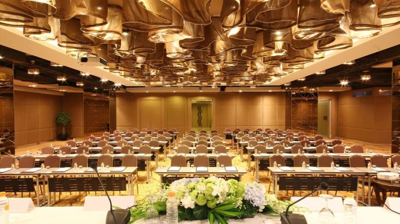 Platinum Hall