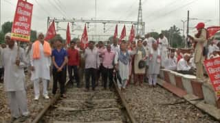Rail Roko Andolan: खत्म हुआ किसानों का 'रेल रोको आंदोलन', करीब 300 ट्रेनें हुईं प्रभावित
