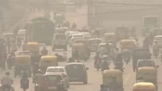 Air Pollution: दिल्ली-NCR में ज़हरीली हो रही है हवा, ग्रेटर नोएडा में AQI 300 के पार
