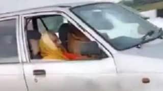 Viral Video: 90 साल की रेशम बाई ने हाइवे पर दौड़ाई कार तो वायरल हुआ वीडियो....लोगों ने कहा वाह दादी वाह!