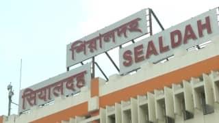 Special night train cancelled: অতিরিক্ত ভিড় এড়াতে বন্ধ লোকাল ট্রেন, নবমীতেই পুজোর আনন্দ ম্লান বাঙালির