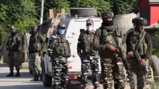 J&KEncounter: जम्मू-कश्मीर के पुलवामा में मुठभेड़, सुरक्षा बलों ने एक आतंकी को किया ढेर