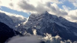 माउंट एवरेस्ट की ऊंचाई में बदलाव, जानिए कम हुई या ज्यादा