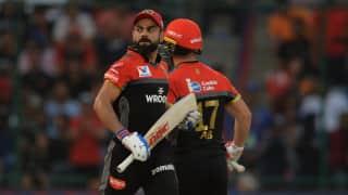 IPL: बैंगलोर ने 54 रनों से मुंबई को रौंदा, T20 में 10 हजार रन बनाने वाले पहले भारतीय बल्लेबाज बने विराट