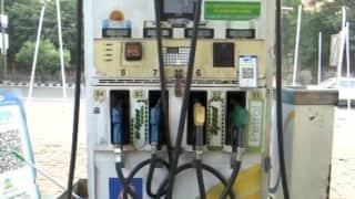 Petrol-Diesel Price: अक्टूबर में 13वें दिन बढ़े पेट्रोल-डीजल के दाम, बालाघाट में पेट्रोल 116.44
