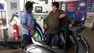 Petrol Diesel के दामों में लगी आग, शनिवार को 35-35 पैसे बढ़े भाव