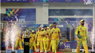 IPL 2021 Final, KKR v CSK: দশমীনিশিতে স্বপ্নভঙ্গ নাইটদের, ফাইনালে জিতে ট্রফি ধোনির সিএসকের
