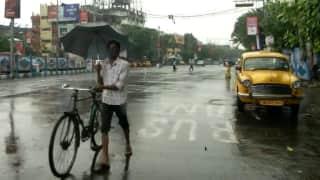 west bengal weather update: নবমীতে বৃষ্টির সম্ভবনা কলকাতায়