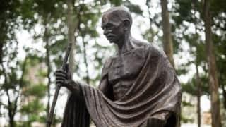 बापू की जयंती पर जानिए कि भारत के बाहर दुनिया के किन किन देशों में लगी है 'साबरमती के संत' की प्रतिमा