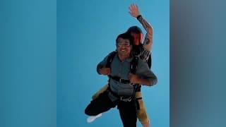 Skydiving Video: गोल्डन ब्वॉय नीरज चोपड़ा ने उठाया स्काईडाइविंग का लुत्फ, शेयर किया वीडियो