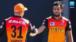 IPL SRH Vs DC: हैदराबाद के गेंदबाज टी नटराजन को हुआ Corona, लेकिन मैच पर नहीं होगा कोई असर