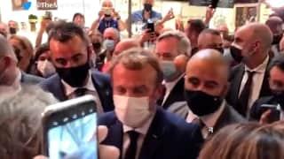Egg pelted on President: फ्रांस के राष्ट्रपति मैक्रों पर फेंका गया अंडा, गनीमत रही सिर पर नहीं फटा