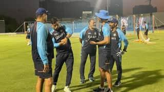 T20 World Cup 2021: UAE में टीम इंडिया से जुड़े महेन्द्र सिंह धोनी, BCCI ने किया ग्रैंड वेलकम