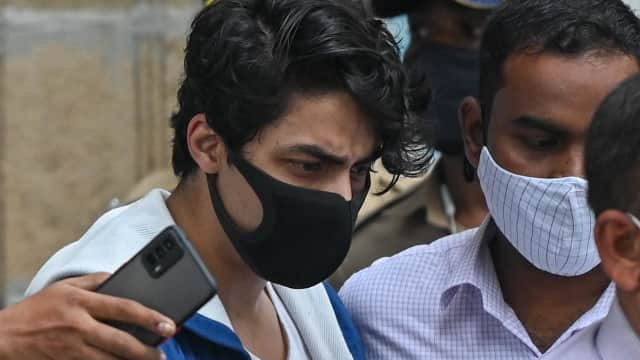 After 25 days in jail, Shah Rukh Khan's son Aryan Khan gets bail in drugs case