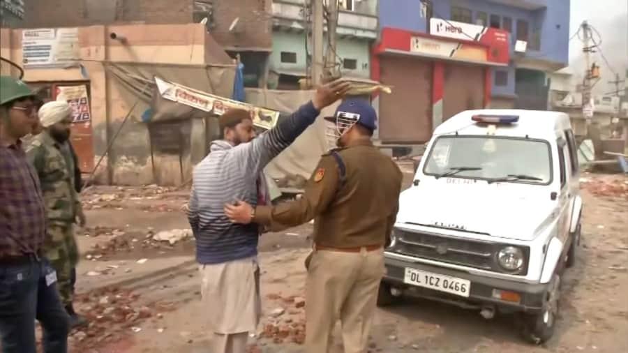Delhi Riots: हाईकोर्ट ने कहा- दिल्ली दंगे पूर्व नियोजित थे, आरोपी की जमानत खारिज