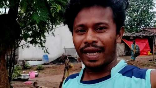 Odisha daily wage worker turns YouTuber, earns lakhs from videos
