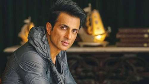 IT sleuths search Sonu Sood's home for the second day, #IstandWithSonuSood trends on Twitter