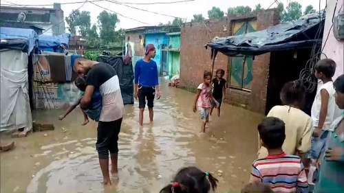 Monsoon Updates: मध्य प्रदेश में मकान ढहने से 6 की मौत तो राजस्थान में कई इलाके जलमग्न हुए