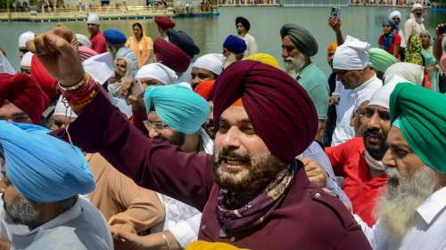 Sidhu invites Captain to event where he will take charge as Punjab Congress chief