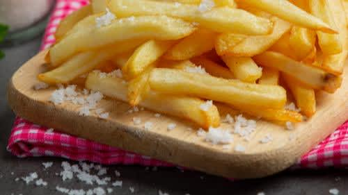 How to debloat naturally after eating too much salt