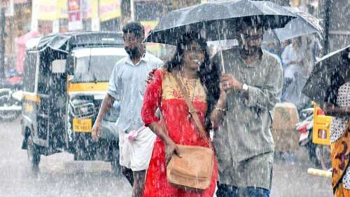 Love in the times of rain!