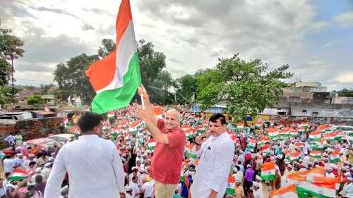 अयोध्या में AAP की तिरंगा यात्रा, सिसोदिया बोले- BJP और योगी सरकार ना है आम की, ना ही राम की
