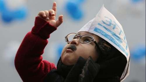केजरीवाल सरकार के शपथग्रहण में 'बेबी मफलरमैन' होंगे खास गेस्ट