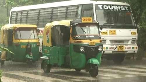 Rain lashes national capital, IMD issues orange alert for Delhi