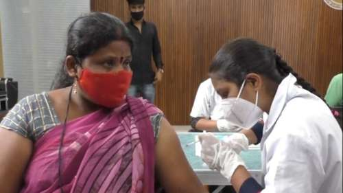 Bihar: PM मोदी के जन्मदिन पर 'टीकाकरण महाअभियान', RJD बोली- तो इसके लिए बीतों दिन कम किया गया टीकाकरण?