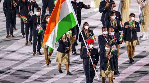 Tokyo Olympics: कोरोना के साए में शुरु हुआ 32वां ओलंपिक, मैरीकॉम और मनप्रीत ने की अगुवाई