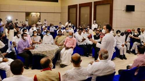 Rahul Gandhi calls for opposition unity at breakfast meet