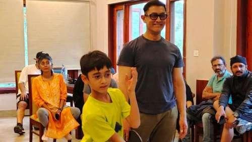 Laal Singh Chaddha: टीम के साथ टेबल टेनिस इंजॉय करते दिखे आमिर, किरण राव और बेटे आजाद भी आए नजर