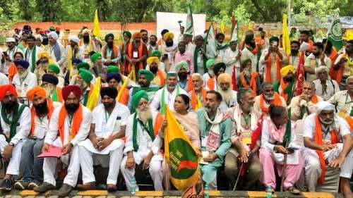 Farmers Protest at Jantar Mantar: किसानों ने बनाई अपनी संसद, नियुक्त किए स्पीकर और डिप्टी स्पीकर