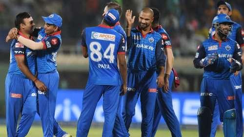 IPL 2021: इंग्लैंड से UAE पहुंचे दिल्ली कैपिटल्स के सभी खिलाड़ी, फिलहाल 6 दिन रहेंगे क्वारंटीन