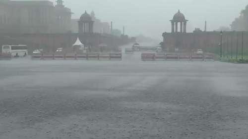 Rain Havoc: दिल्ली में ऑरेंज अलर्ट जारी, मौसम विभाग ने चेताया ना करें पहाड़ी इलाकों की यात्रा