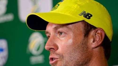 एबी डीविलियर्स ने साउथ अफ्रीका की कप्तानी करने वाली रिपोर्ट को नकारा