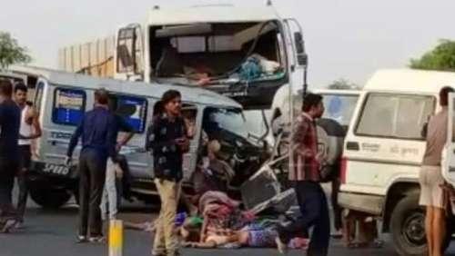 बेंगलुरु सड़क हादसे में 7 और नागौर में 11 की मौत, मरने वालों में विधायक के बेटा-बहु शामिल