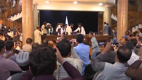 Taliban: ফের সরকার গঠনের ঘোষণা পিছিয়ে দিল তালিবান