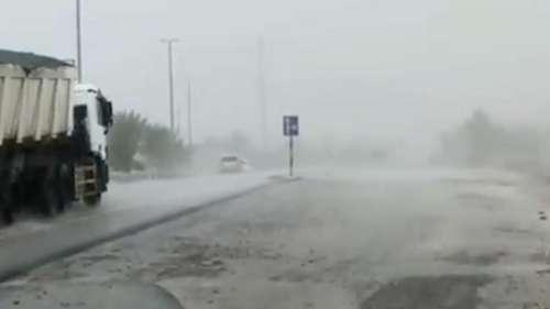 Fake Rain Dubai: খটখটে আকাশ! অথচ যখন তখন ঝেপে বৃষ্টি নামছে দুবাইতে, কীভাবে হচ্ছে এমন ঘটনা?
