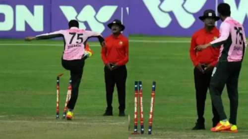 Watch! Shakib Al Hasan lashes out at stumps, apologises later