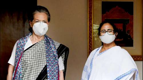 'Alone I am nothing, have to work together': Bengal CM as she meets Sonia Gandhi