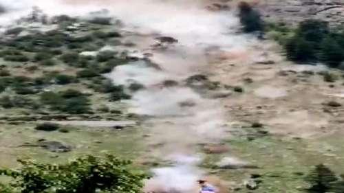Kinnaur Landslide : হিমাচল প্রদেশে মারাত্মক ধ্বস, ভাঙল ব্রিজ! দেখুন ভিডিও