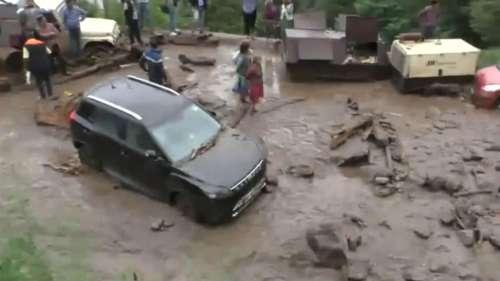 Uttarakhand: पिथौरागढ़ में फटा बादल, 3 लोगों की मौत और 7 लापता