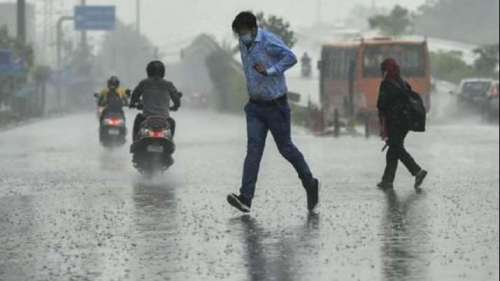 Heavy rain hits parts of Delhi, IMD predicts more rainfall